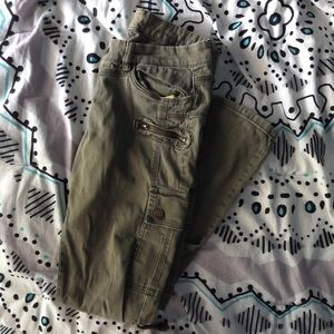 Army Green Zippered Skinny Jeans